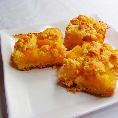 Peach Mango Crumb Bar a la Kusina ni Teds