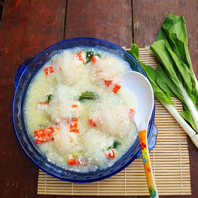 Seafoods Sotanghon Roll