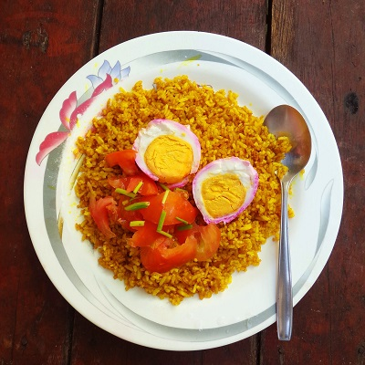 Biryani-style Fried Rice with Tomato and Salted Egg