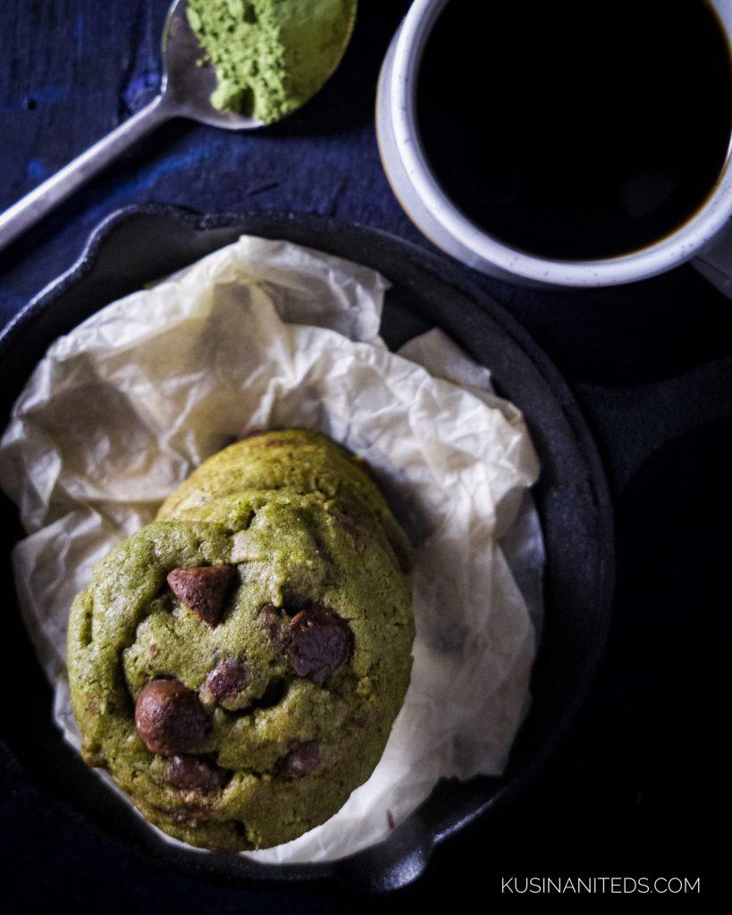 Homemade Matcha Green Tea CHocolate Chip COokies