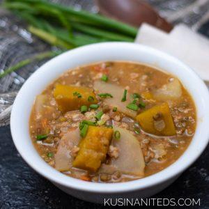 Ginisang Munggo and Papaya Recipe